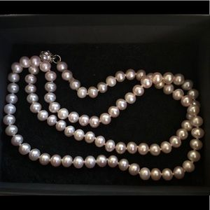 Genuine pink pearl necklace